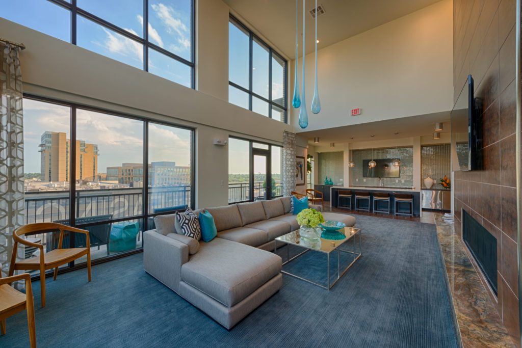 clubhouse Luxury Houston Apartments